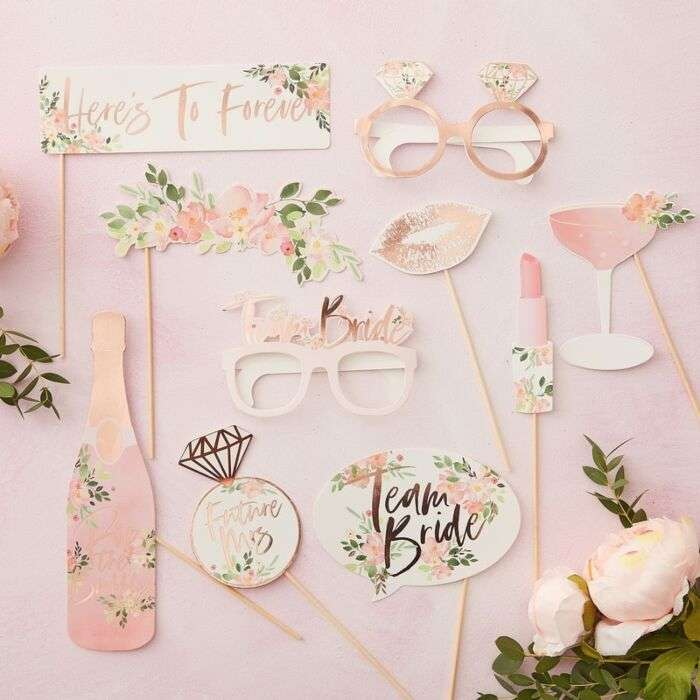 FLORAL HEN PHOTO BOOTH PROPS Thumbnail