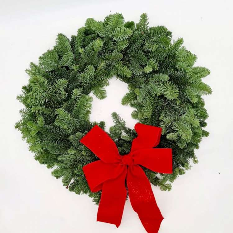 WREATH WITH RED BOW  Thumbnail